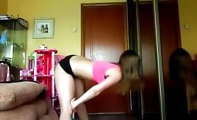 Skinny white girl twerking